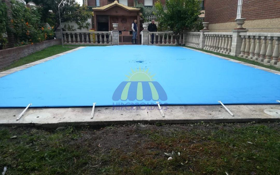 Cobertores de piscina, ahorro en productos químicos