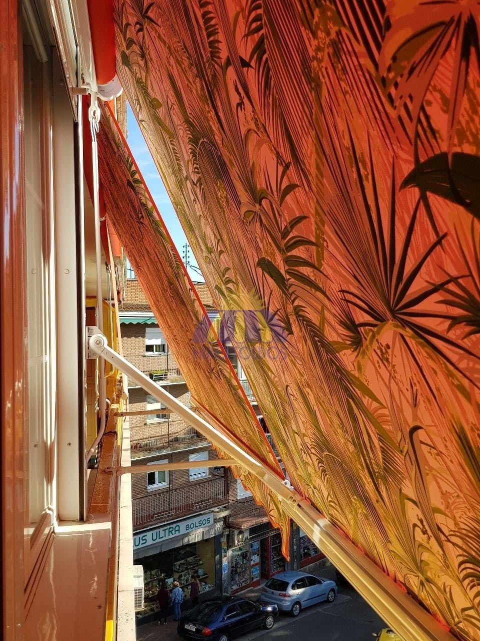 Toldos de punto recto ideal para balcones y ventanas - Toldos para balcones precios ...